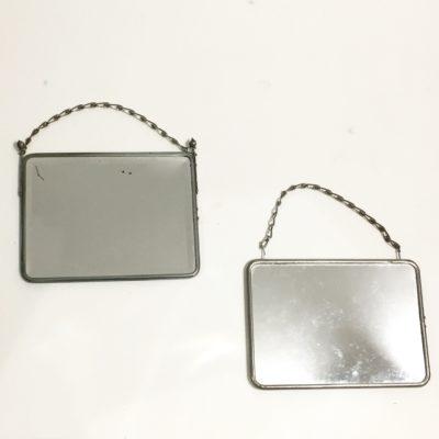 Minis miroirs à chaînette
