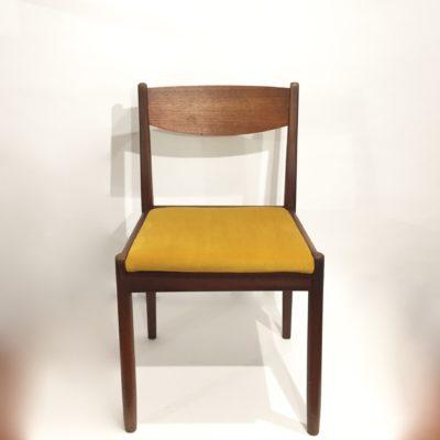 Série de 4 chaises scandinaves velours jaune
