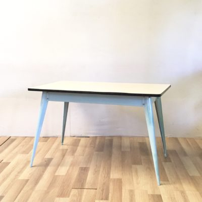 Table Tolix formica
