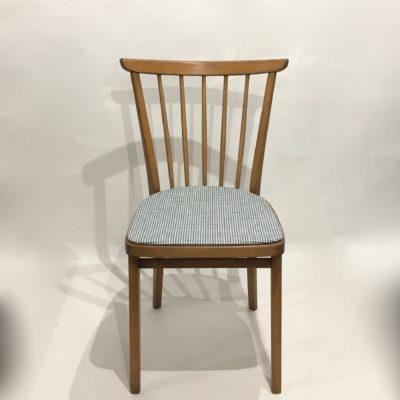 Chaise bistrot pied de poule