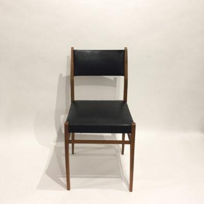 Série de 4 chaises skaï veiné